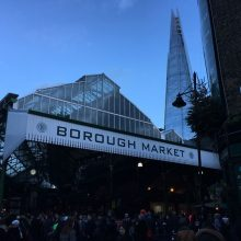 Sábado no Borough Market em Londres.