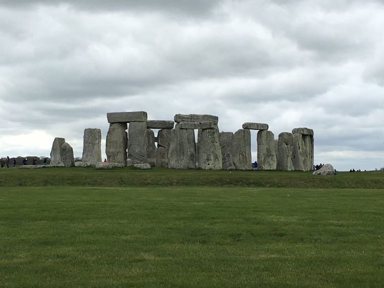 stonehenge-bath-uk