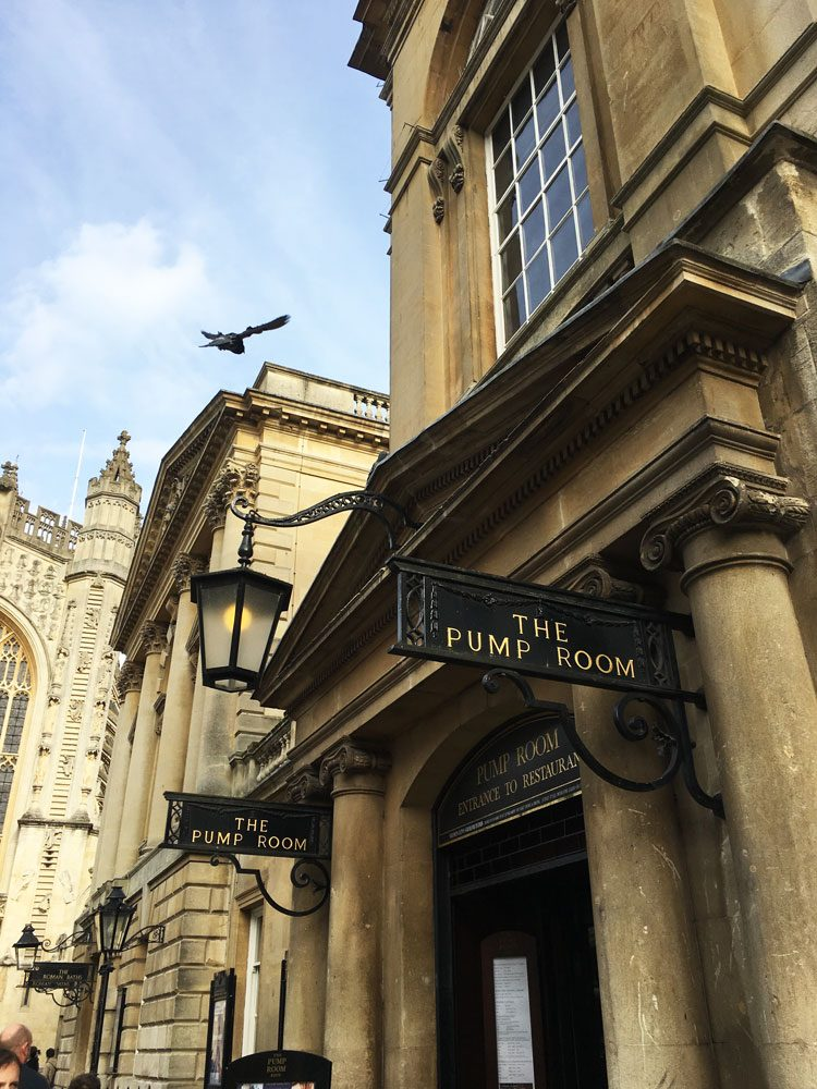 the-pump-room-bath