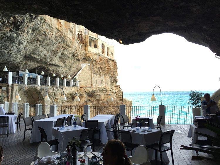 restaurante-grotta-palezesse-puglia