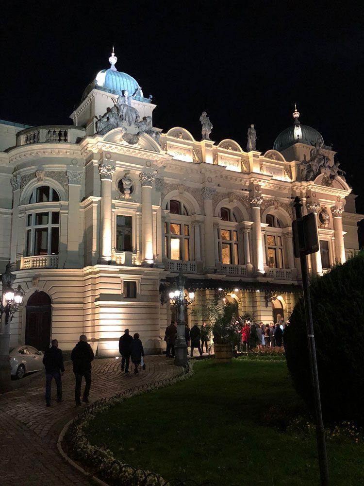 centro-historico-cracovia-noite