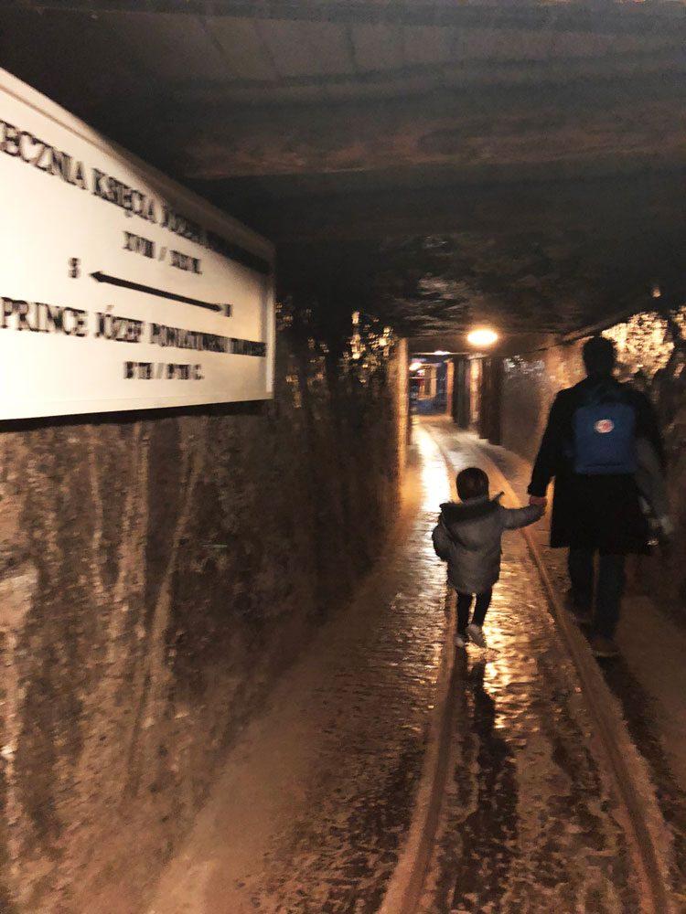 explorando-minas-de-sal