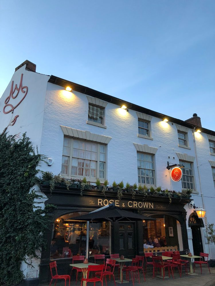 pub-rosecrown-warwick