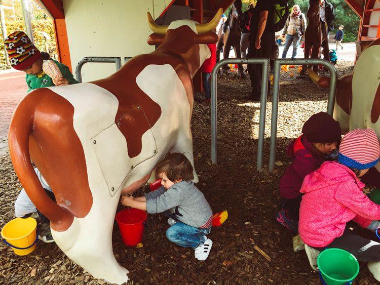 fazenda-vacas-playmobil-park