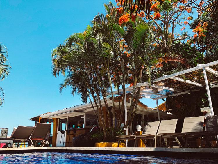 deck-piscina-viladeste-buzios