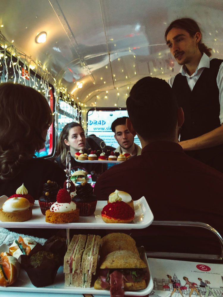 bbakery-london-bus-tour