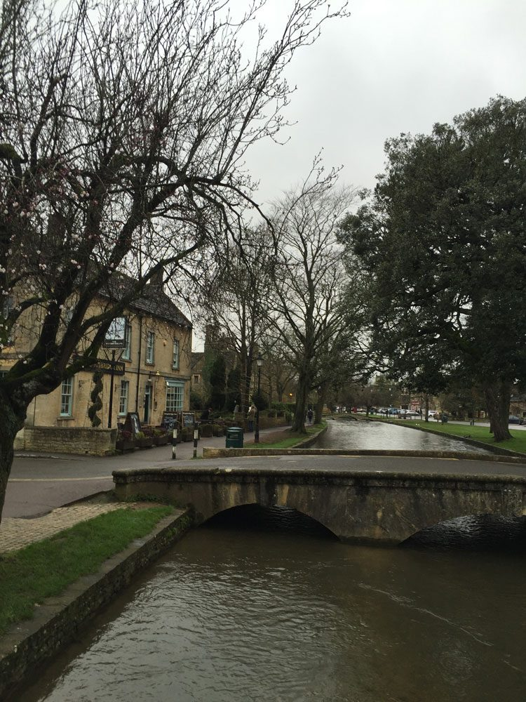bourtononthewater-cotswold-uk