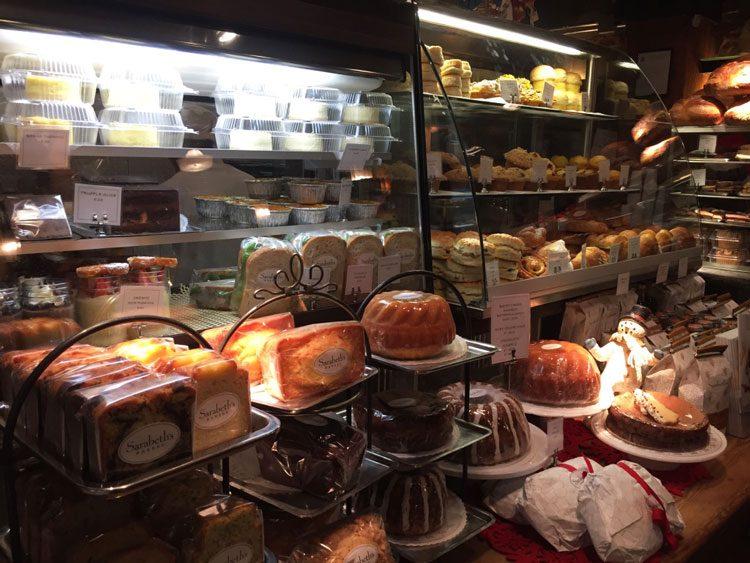 vitrine-sarabeths-ny-cafe-chelsea-market
