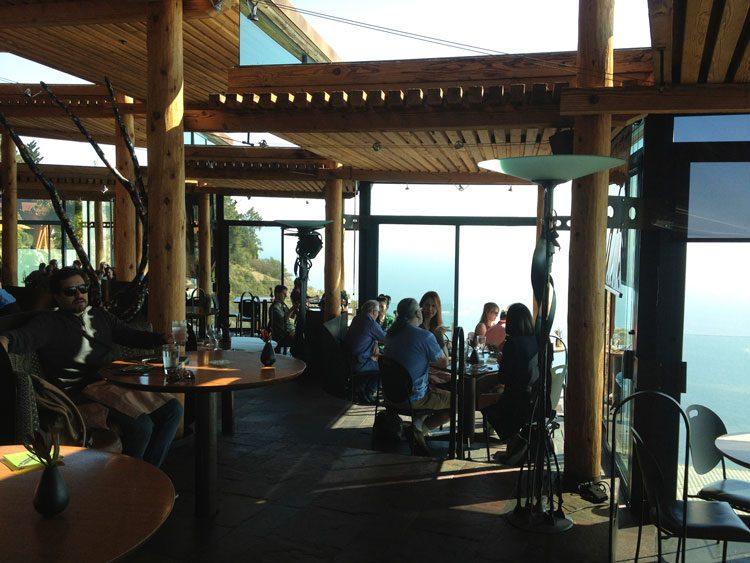 interior-restaurante-serra-mar