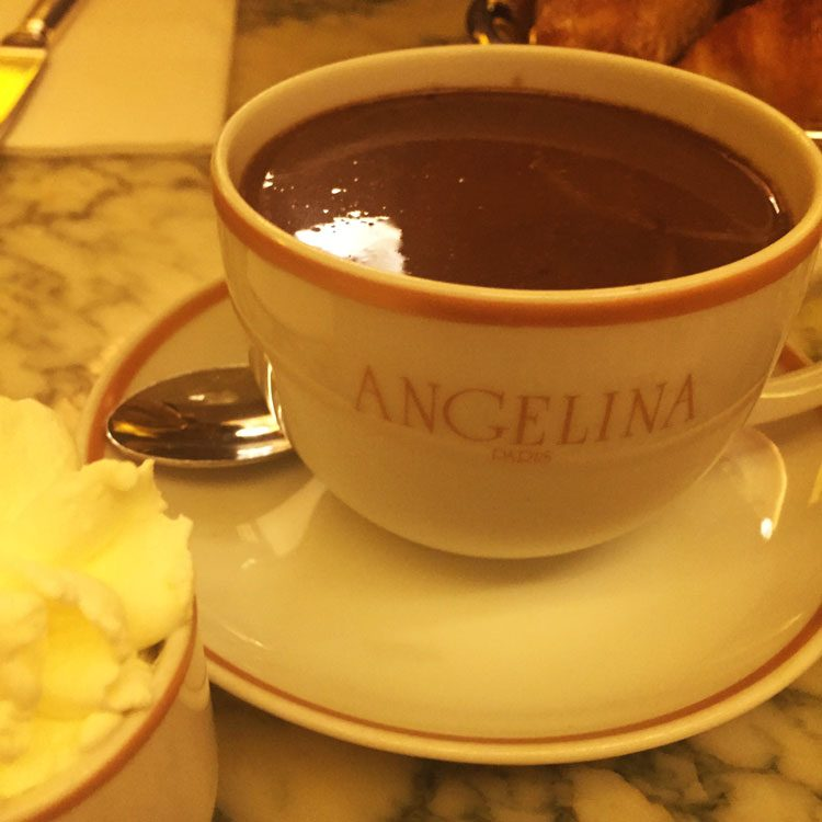 chocolate-quente-angelina-paris
