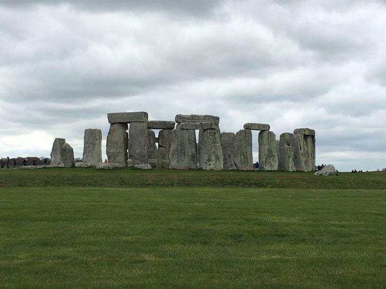 stonehenge-bath-uk