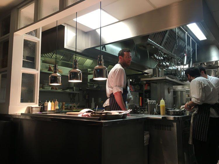 cozinha-aberta-frenchie