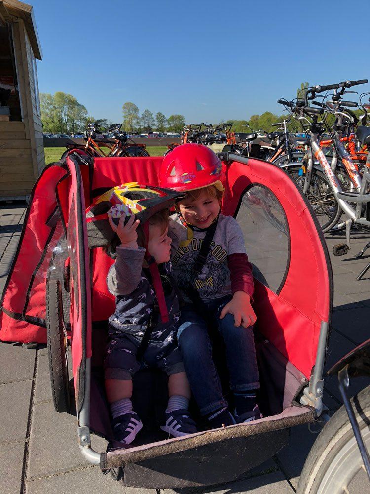 bike-com-criancas-holanda
