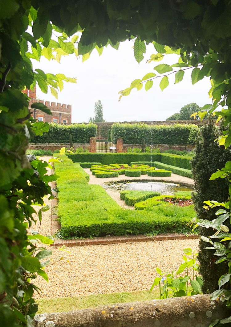 jardins-hampton-court-palace-uk