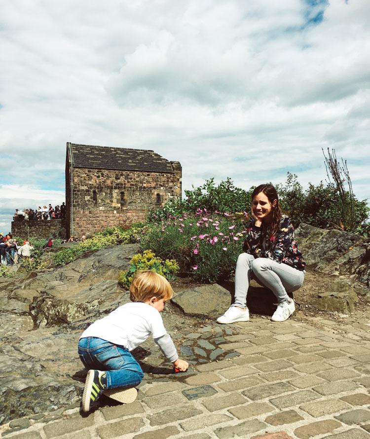 explorando-castelo-edimburgo