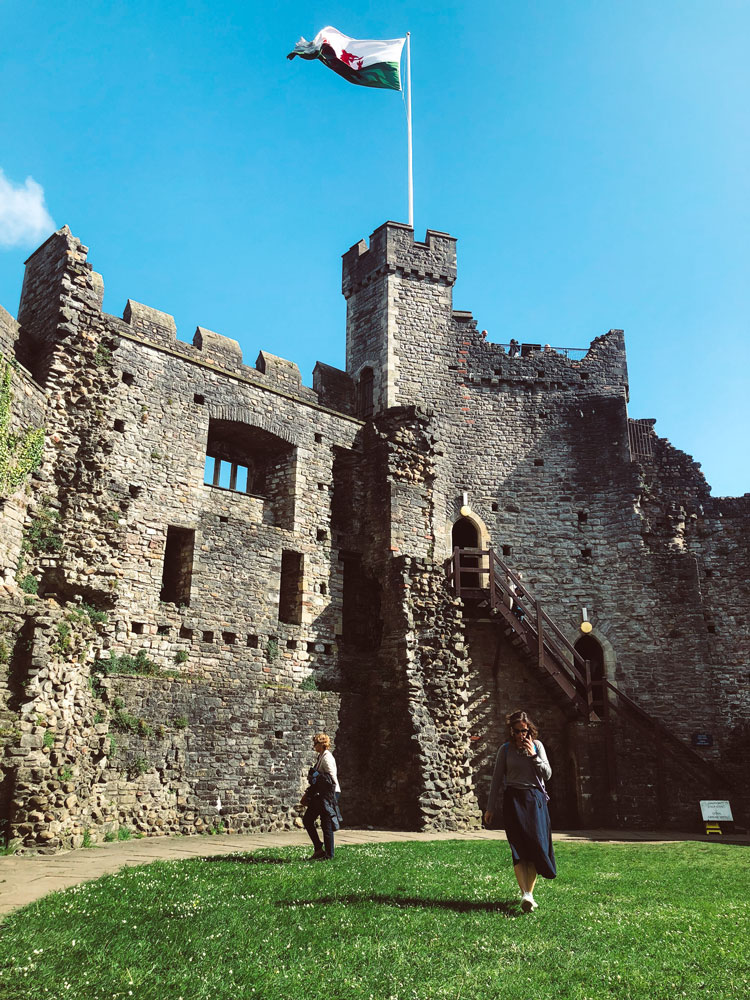 castelo-cardiff-wales