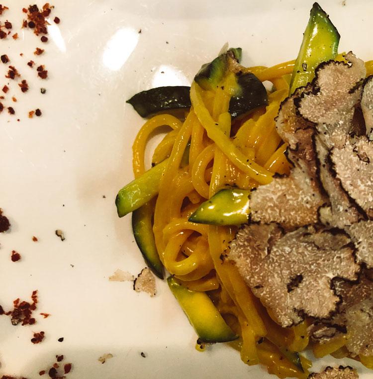 carbonara-truffled-venice-italy